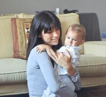 Frau Rohde mit Kind